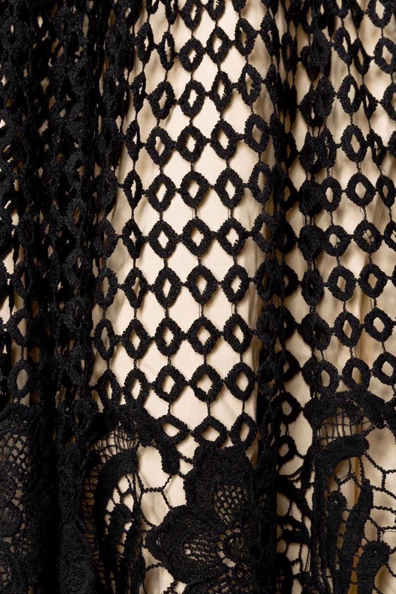 Ujjatlan Belsira ruha virág mintás csipke szoknyával (S,M,L,XL,2XL,3L,4XL)