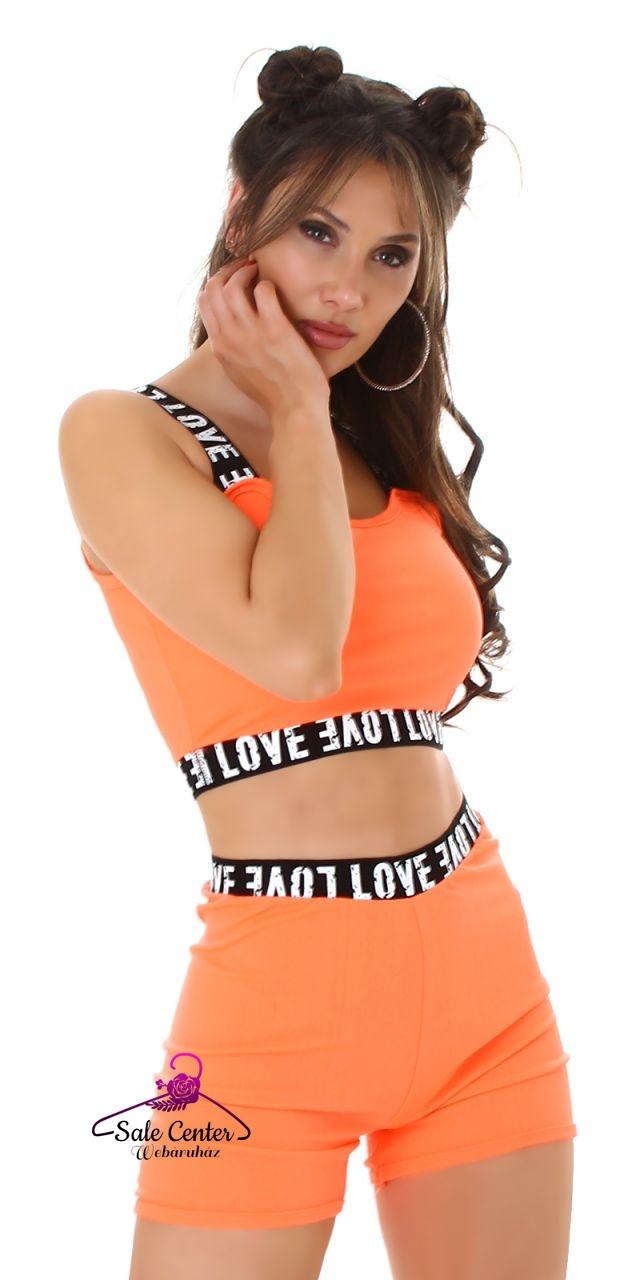 Rövid fazonú nyári fitnesz együttes Love felirattal 5 színben