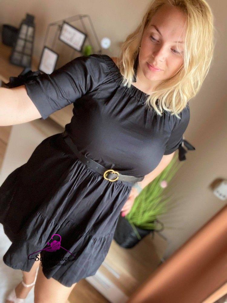 Ejtett vállú fekete színű lenvászon ruha övvel